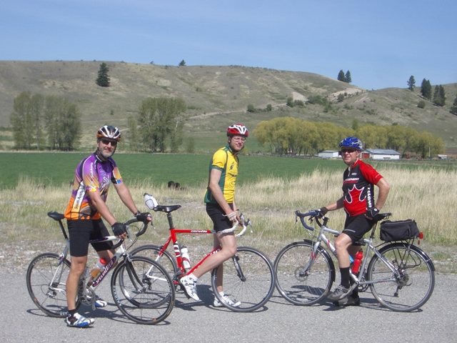 John (Left), Gerald (not pictured, SeatoSea 2005) and Art (Right, SeatoSea 2005), and myself (center in the retro-Tri club jersey) on a bike ride, May 18 2008.